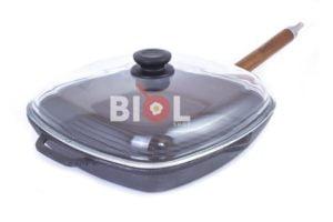 Чугунная сковорода гриль Биол со стеклянной крышкой 28 см 1028с