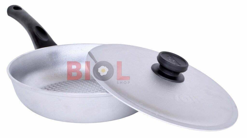 Сковорода алюминиевая рифленая 20 см Биол с крышкой и бакелитовой ручкой купить недорого