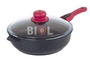 Антипригарная сковорода с крышкой 24 см Титанал
