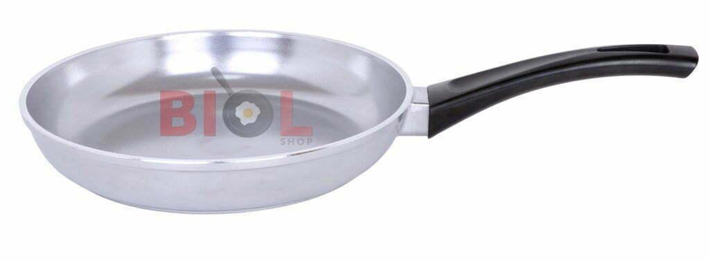Купить в Украине недорого алюминиевую сковородку с крышкой
