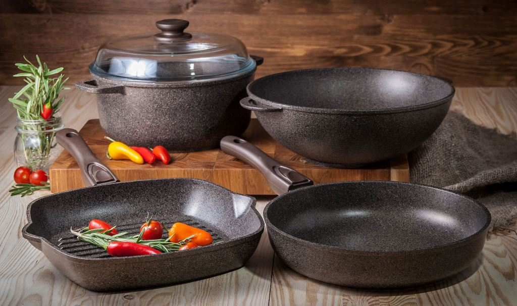 Как ухаживать за антипригарной посудой