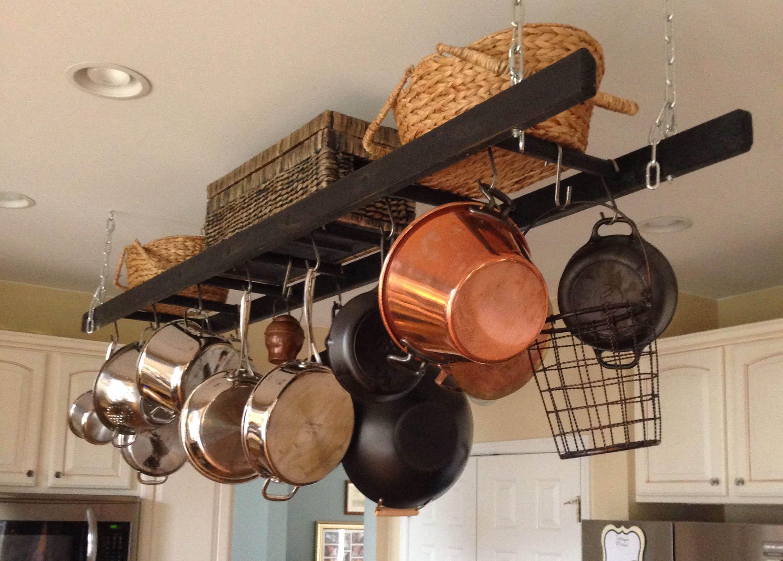 Где хранить чугунную посуду