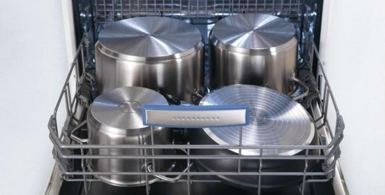 Можно ли мыть кастрюли в посудомоечной машине