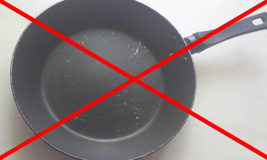 Как правильно мыть тефлоновую сковородку