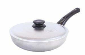 Сковорода алюминиевая с крышкой Атлас-Блеск