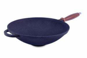 ВОК сковорода чугунная с деревянной ручкой 26 см