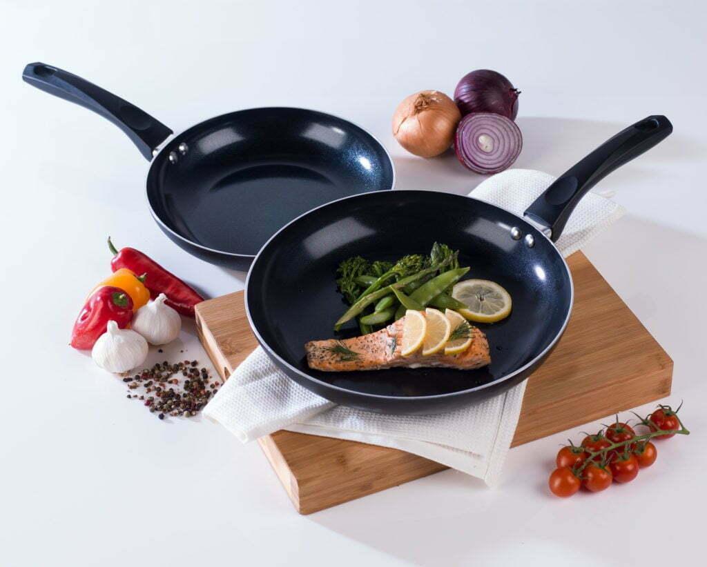 Как пользоваться антипригарной сковородой