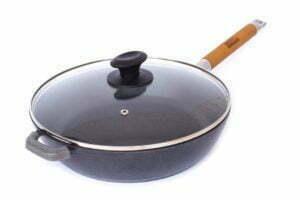 Сковороды с эмалированные покрытием и крышкой