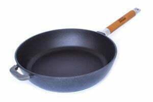 Сковороды чугунные матовое и глянцевое покрытие