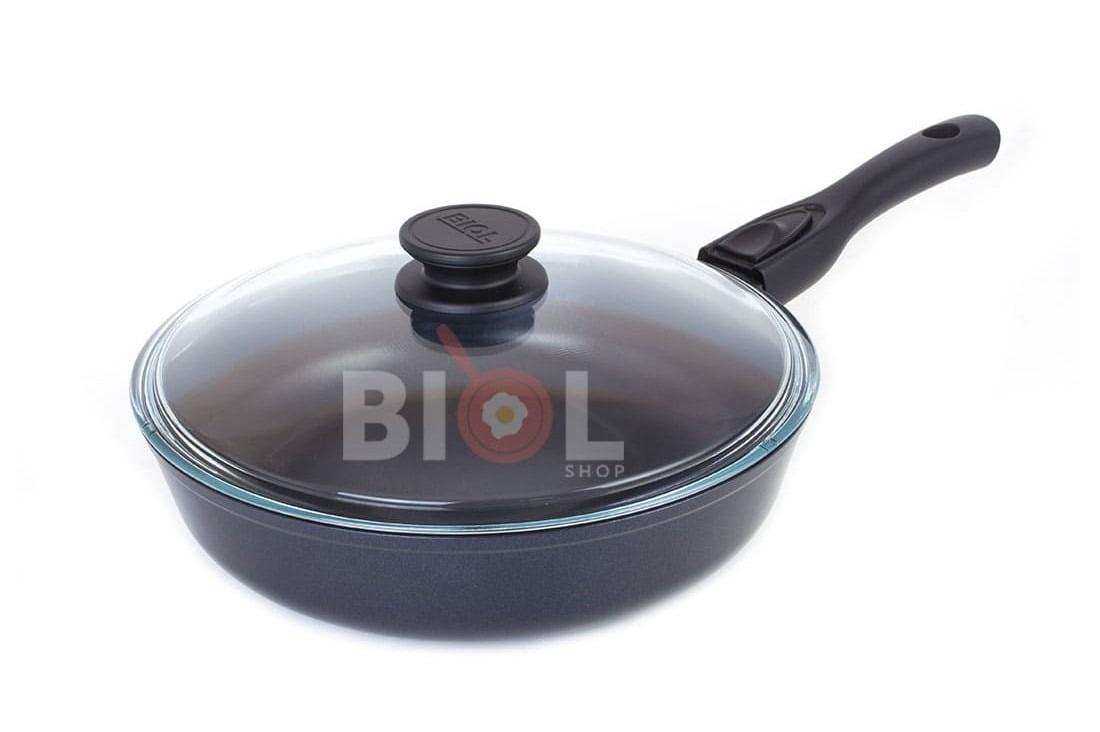 1. Антипригарная сковорода 26 см Классик Биол с крышкой 26071ПС