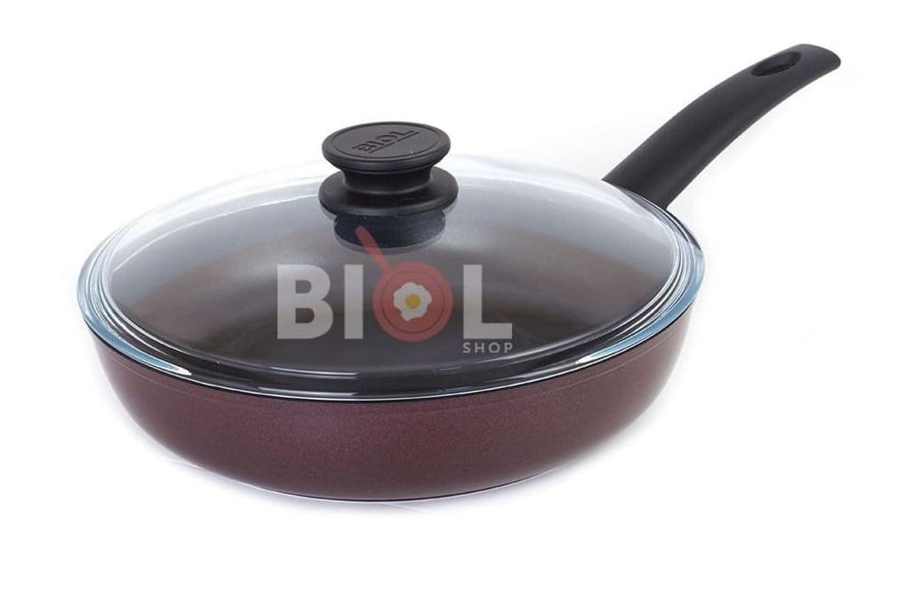 8. Антипригарная сковорода с крышкой 26 см Атлас Биол 2613ПС