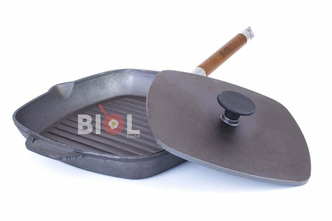 3. Чугунная сковорода гриль Биол с крышкой прессом 26 см
